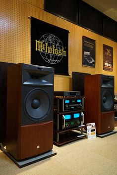 Jazz, Hi-Fi, & Everything Nice!: Photo – Re becca – Audioroom Hi Fi System, Audio System, Hifi Audio, Audio Speakers, Audiophile Speakers, Stereo Amplifier, Home Theater, Theatre, Sound Room