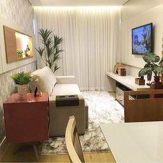 Boa noite com essa sala maravilinda! Direito de Brasília ❤️ autoria de Jo Design Interiores | @decoreinteriores meu insta: @lorefelima