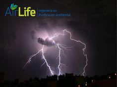 Purificación de aire AIRLIFE te dice ¿Cuáles son las causas de la acumulación de radicales libres en nuestro organismo? El aire que respiramos es uno de los factores claves en la génesis de radicales libres, pues con él inhalamos contaminación, humo de tabaco, polvo, etc. http://www.airlifeservice.com