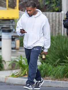 All of Kanye West s Best and Wildest Outfits cb98d7921111