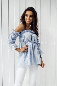 Krásna blúzka vo veľkosti univerzálnej, vhodná pre S, M Bell Sleeves, Bell Sleeve Top, Leto, Ruffle Blouse, Tops, Women, Fashion, Moda, Fashion Styles