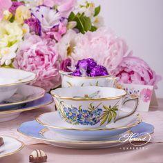 €259 Texas Bluebonnet, an American style decor on Herend porcelain. 1 pc – Tea Cup – vol 2.0 dl (6.7 OZ) 20734-2-00 FLA-BB – Blue 1 pc – Saucer – diam 14.8 cm (5.8″D) 20734-1-00 FLA-BB – Blue