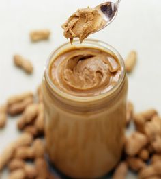 13 Delicious Guilt-Free Desserts: Peanut Butter No-Bake Bars Peanut Butter No Bake, Homemade Peanut Butter, Peanut Butter Recipes, Natural Peanut Butter, No Bake Bars, Protein Foods, Food Allergies, Healthy Snacks, Healthy Fats