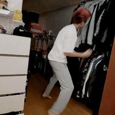 Sehun helping Chanyeol to go to sleep... (6/6)