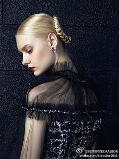 Image in Nastya Kusakina collection by Yna on We Heart It La Kora, Bild Girls, Pale Blonde Hair, Blue Hair, Nastya Kusakina, Model Face, Russian Models, What Is Tumblr, Girl Face