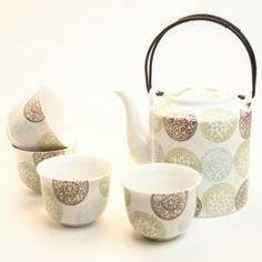 Juego de tetera y 4 tazas para el té de La caja del té :)