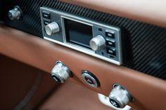 【新車情報】アルファロメオのジュリアGTがEV化で蘇る! | AUTO BILD JAPAN Web(アウトビルトジャパンウェブ) 世界最大級のクルマ情報サイト Cabin Crafts, Crate Motors, Tiny Trailers, Lancia Delta, Alfa Romeo Giulia, Air Conditioning System, Electric Motor, Italian Style, Carbon Fiber