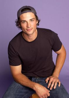 General picture of Tom Welling - Photo 6 of 324 Superman Movies, My Superman, Batman, Sebastian Rulli, Zac Efron, Smallville Quotes, Tom Welling Smallville, Richard Gere, Teen Choice Awards
