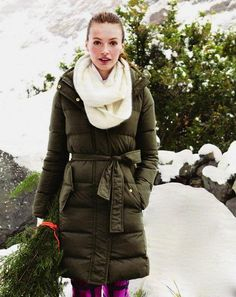 Doesn't have to be this exact one, but i like the style and the color. Probably medium or small, depending on stem length... I'm leaning towards a small. JCrew - Long puffer coat
