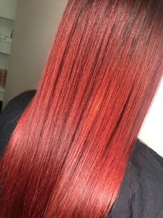 red Hair. Red Head. Long Hair. Shiny. Sleek. Redheads, Red Hair, Chelsea, Stylists, Long Hair Styles, Fashion, Red Heads, Moda, Fashion Styles