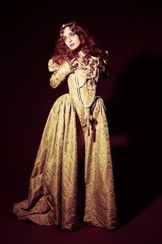 Miss Pandora, costume de ★Les Corsets de Montmartre★, Paris. http://www.corset-paris.fr/