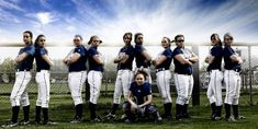 softball team picture ideas should be a team effort Softball Team Pictures, Baseball Pictures, Sports Pictures, Dream Pictures, Softball Coach, Girls Softball, Fastpitch Softball, Softball Stuff, Senior Girls