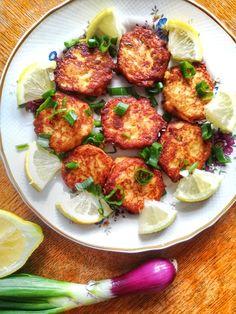 Egy tuti tipp , mit kezdj a maradék krumplipürével . Készíts belőle tonhal fasírtot ! - Cake by fari Tandoori Chicken, Ethnic Recipes, Food, Meal, Eten, Meals