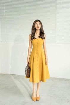 Classy Dress, Classy Outfits, Beautiful Outfits, Date Night Dresses, Day Dresses, Summer Dresses, Simple Dresses, Casual Dresses, Fashion Dresses