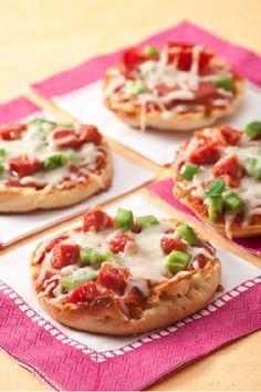 Skinny English Muffin Pizza's (Thomas' Light Multi Grain - 100 Calories & Use FF or Part-Skim Mozzarella)