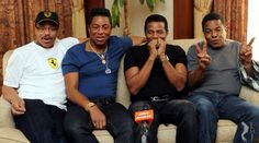 Jackson brothers praise Xscape and want to work on next Michael Jackson album Jackie Jackson, The Jackson Five, Jackson Family, Michael Jackson Blanket, Michael Jackson Estate, Jermaine Jackson, The Jacksons, Superstar, Album