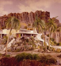 View of Tracy Villa on Tracy Island in a scene from the television series 'Thunderbirds' first shown in 1965 Childhood Images, Childhood Memories, Joe 90, 60s Tv Shows, Thunderbirds Are Go, Best Series, Tv On The Radio, Comebacks, Cool Pictures