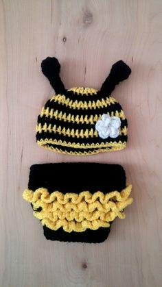 Crochet Bee, Crochet Sunflower, Crochet Motif, Crochet For Kids, Crochet Crafts, Crochet Projects, Crochet Patterns, Crochet Baby Props, Crochet Baby Costumes