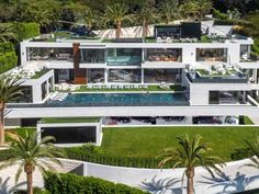 1. At $250 million, the home is the most expensive ever offered for sale in the US, according to a p... - Photos Courtesy of Bruce Makowsky/BAM Luxury Development