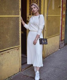 Women's Work Fashion Modern Hijab Fashion, Islamic Fashion, Abaya Fashion, Muslim Fashion, Work Fashion, Modest Fashion, Skirt Fashion, Modest Wear, Modest Dresses