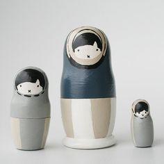 anuva: 3-piece Babushka doll set