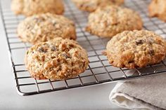 ***Oatmeal Raisin Cookies ~ a classic cookie with oatmeal and raisins - we can't think of two nicer things to happen to a fresh baked cookie. Did we mention that this oatmeal raisin cookie recipe features a secret ingredient? Holiday Cookie Recipes, Cookie Desserts, Dessert Recipes, Dessert Ideas, Bar Recipes, Holiday Cookies, Sweet Desserts, Recipies, Oatmeal Raisin Cookies
