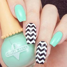 Geometric Nail Art picture 2