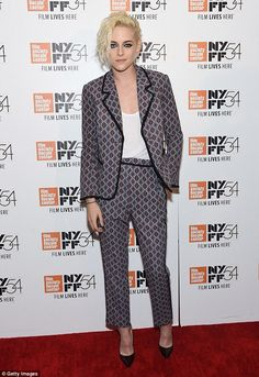 Kristen Stewart keeps it classy in patterned suit for New York Film Festival event | Daily Mail Online