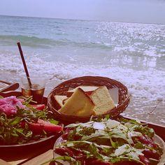 Beach Mood #goabeachresort #goa #portocesareo #lacoquetteitalienne