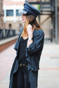 hat + blue + black
