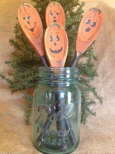 4 Primitive Country Halloween Pumpkin Face Wood Spoon Utensil Crock Jar Fillers #PrimitiveCrockFillers