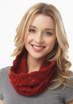 Caron International | Free Project | Lacy Cluster Cowl