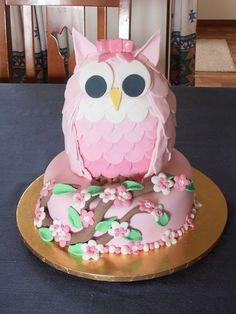 Owl Cake Recipe Instructions With Video Ladybug Cakes, Owl Cakes, Bird Cakes, Cupcake Cakes, Fruit Cakes, Cake Decorating Techniques, Cake Decorating Tips, Gateau Iga, Animal Cakes