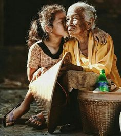 Ideas For Mother Nature Portrait Amazing Photography, Nature Photography, Body Painting Festival, Beatiful People, Old Folks, Child Smile, People Of The World, Street Photo, Nature Artwork