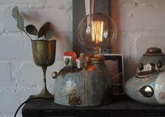 """Дом сердца su Instagram: """"В последняя время мои работы находят своих владельцев ещё до того, как выходят на всеобщее обозрение. Так случилось и с этой лампой. Я…"""" Ceramic Light, Sconces, Wall Lights, Vase, Ceramics, Lighting, Creative Ideas, Home Decor, Clay"""