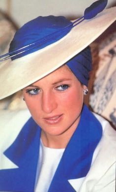 Diana in Catherine Walker - Yahoo Image Search results