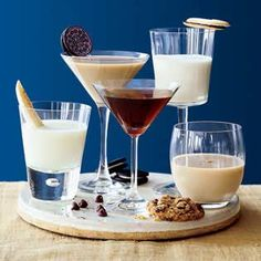 5 Cookie Cocktail Recipes | http://www.rachaelraymag.com/easy-party-ideas/great-get-togethers/cocktail-party-menus/cookie-cocktails