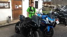 Cześć jestem Łukasz! Mam 15 lat i zamieszkuję w bajecznej dzielnicy Halemba w Rudzie Śląskiej. Jestem osobą raczej spokojną, towarzyską i pełną humoru. Moją pasją jest MOTOryzacja w szczególności motocykle, poza tym bardzo lubię kręcić filmy co wiąże się z prowadzeniem własnego kanału na YouTube ( serdecznie zapraszam do subskrybcji :D), oraz uprawiać sport w postaci jazdy na rowerze. Swoją przyszłość  wiążę z informatyką.  Poazdawiam Luki LwG