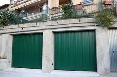 Portone Scorrevole Civile Garage Doors, Outdoor Decor, Home Decor, Homemade Home Decor, Decoration Home, Interior Decorating