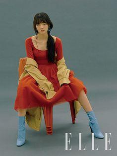 엘르 코리아 (ELLE KOREA) | 패션 매거진 - 패션 & 뷰티 트렌드, 스타, 스타일, 라이프스타일 Fashion Photography Inspiration, Photoshoot Inspiration, Style Inspiration, True Art, Asian Actors, Actors & Actresses, Editorial Fashion, Korea, The Incredibles