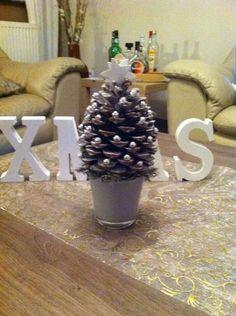 Kerstboom dennenappel