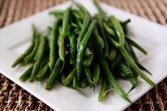 Simple+Skillet+Green+Beans+{The+Best+Fresh+Green+Beans+Of+Your+Life}