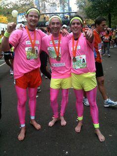 Damian Peat (@iamdaimo), Galahad Clark (@galahadclark) and Ben Le Vesconte from VIVOBAREFOOT run the  New York City Marathon – half barefoot and half in VIVOBAREFOOT shoes