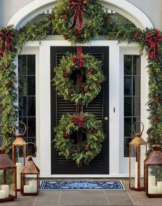 Resembling a nursery-fresh custom creation, our exclusive Asheville Estate Cordl… – Outdoor Christmas Lights House Decorations Christmas Door, Outdoor Christmas Decorations, Christmas Balls, Simple Christmas, Beautiful Christmas, White Christmas, Christmas Wreaths, Christmas Staircase, Winter Decorations