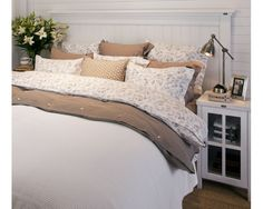 Lexington,Travellers Floral Bedding