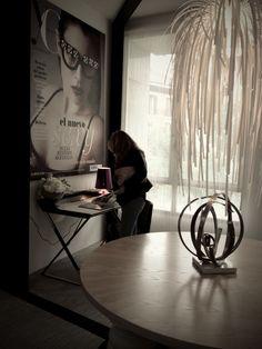 El gallego Arturo Álvarez firma esta lámpara para el espacio de Yo Donna e Isabel Laranjinha, en #casadecor