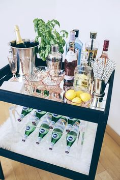 Genius DIY Bar Cart + How To Style It how to style a bar cart; domaine home kelly golightly;how to style a bar cart; domaine home kelly golightly; Diy Bar Cart, Gold Bar Cart, Bar Cart Styling, Bar Cart Decor, Ikea Bar Cart, Bandeja Bar, Domaine Home, Outside Bars, Lounge Design