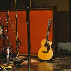 Only the lonely... A New Generation of Performance Acoustics - THE PARAMOUNT™ SERIES ACOUSTIC GUITARS.