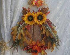 Owl Beautiful Owl floral Wreath Owl Fall by ApronStringsOwlLady Harvest Decorations, Thanksgiving Decorations, Christmas Decor, Owl Wreaths, Sunflower Wreaths, Fall Owl, Wire Wreath Forms, Diy Wreath, Wreath Fall