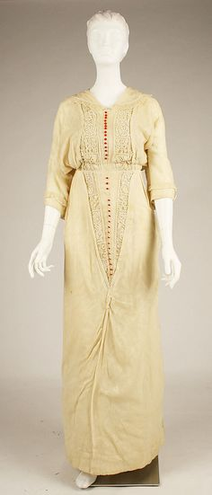 Cream silk dress with red buttons, French, 1912-13.